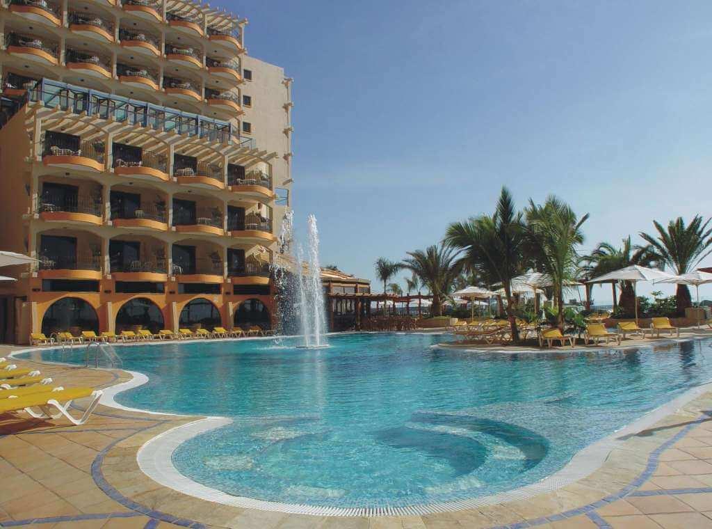 BULL HOTEL DORADO BEACH — Gran Canaria