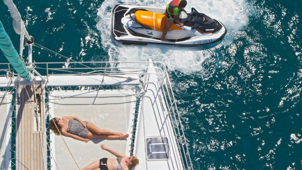 utazás repülővel, Lanzarote, Programok magyarul, Papagayo-öböl és Delfinles - Catlanza Catamaran, 0