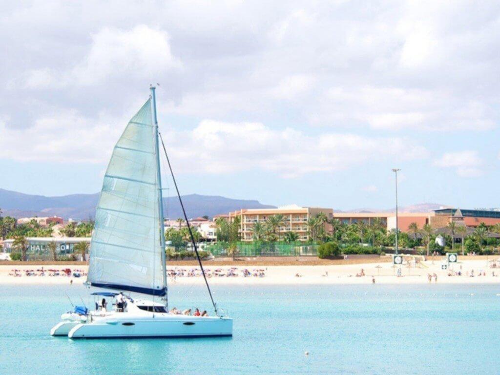 utazási ajánlatok, Fuerteventura, Programok magyarul, Katamarán Kirándulás Isla De Loboshoz, 0