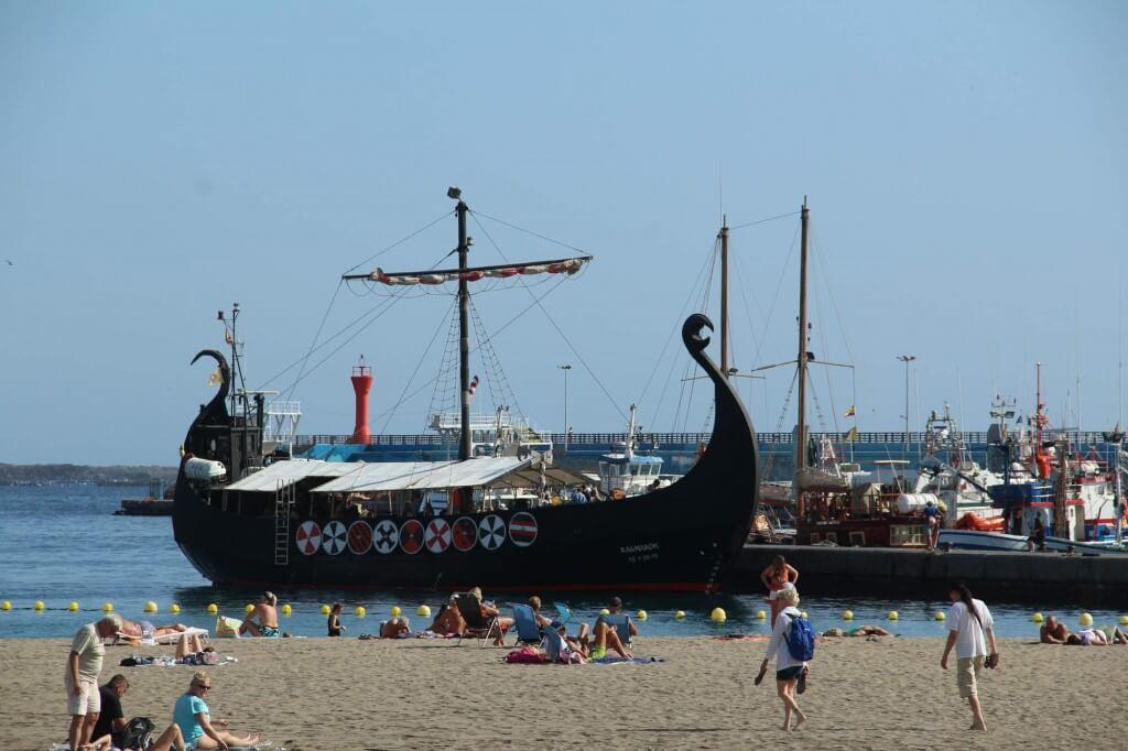 kanári nyaralás, Tenerife, Programok magyarul, Ragnarok Viking Hajó Bálna- és Delfinles, 2