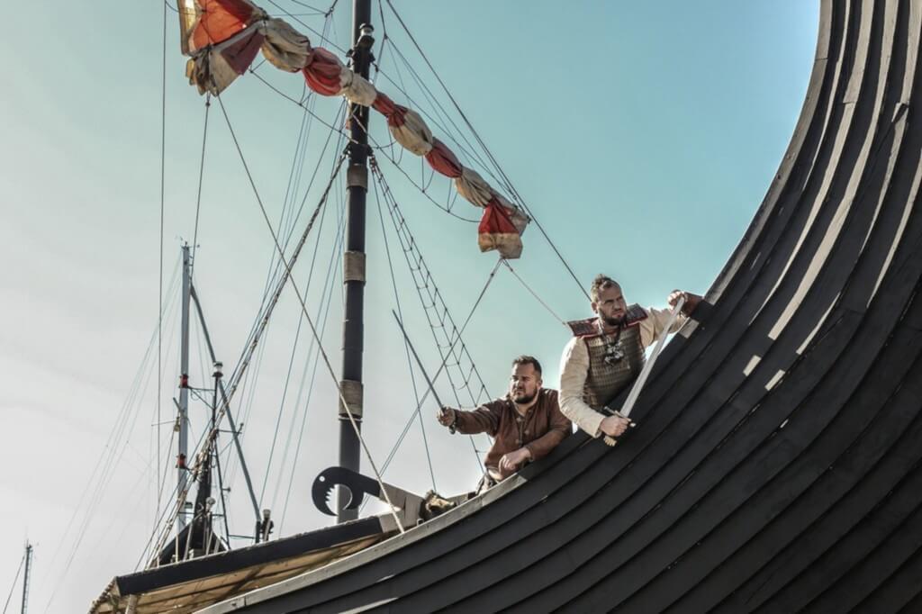 utazás repülővel, Tenerife, Programok magyarul, Ragnarok Viking Hajó Bálna- és Delfinles, 3