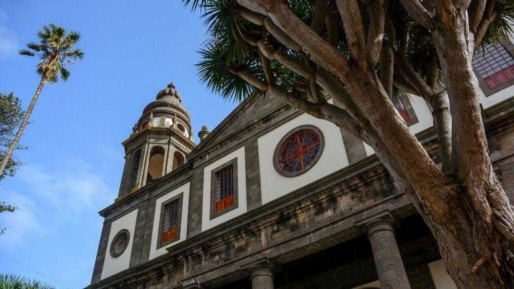 nyaralás all inclusive, Tenerife, Programok magyarul, Candelaria, La Laguna, Santa Cruz Városnézés Magyarul, 4