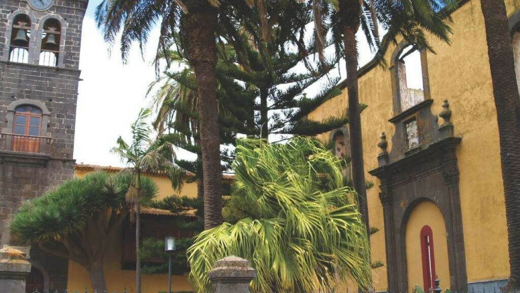 nyaralás all inclusive, Tenerife, Programok magyarul, Candelaria, La Laguna, Santa Cruz Városnézés Magyarul, 7