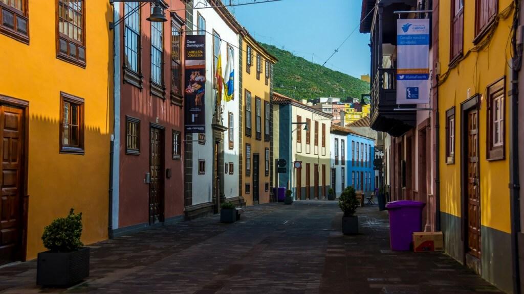 utazási ajánlatok, Tenerife, Programok magyarul, Candelaria, La Laguna, Santa Cruz Városnézés Magyarul, 5