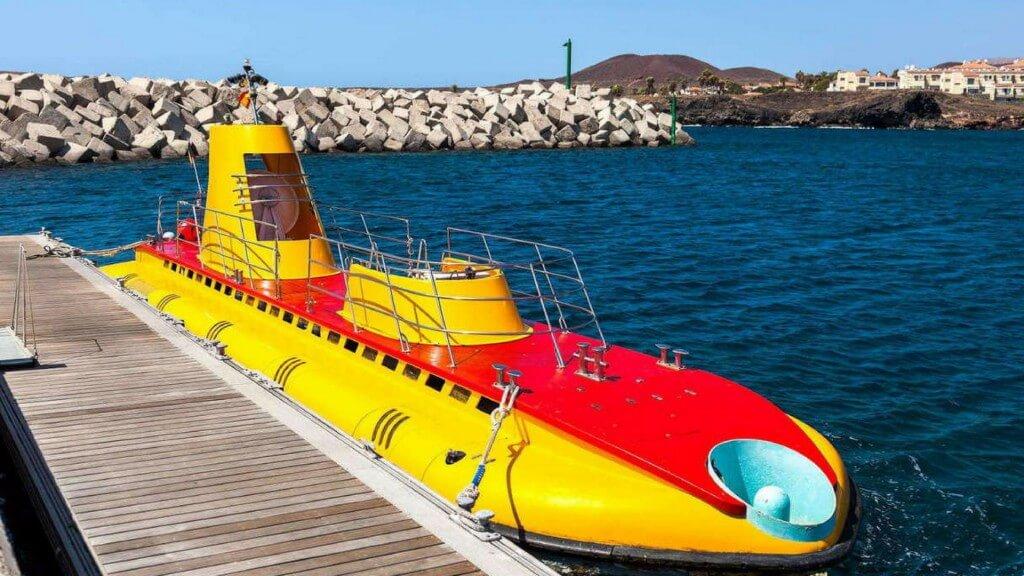 üdülés Kanári-szigetek, Tenerife, Programok magyarul, Tengeralattjáró, 2