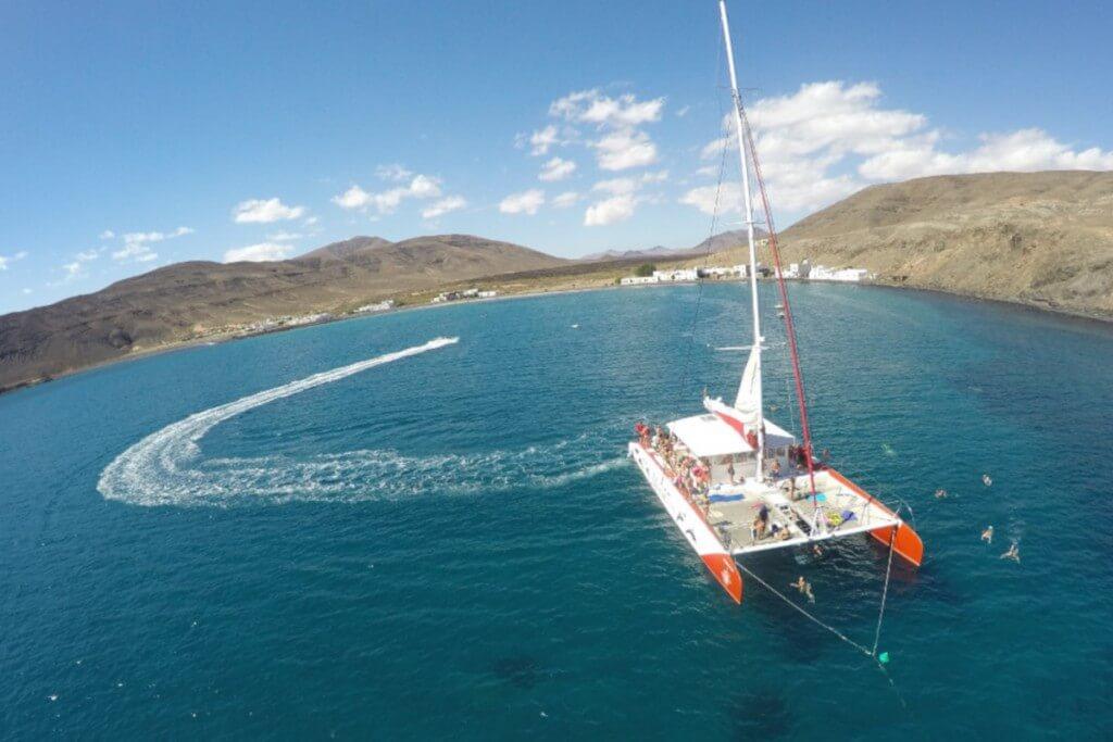 nyaralás olcsón, Fuerteventura, Programok magyarul, Katamarán Kirándulás A Középső Régióban, 0